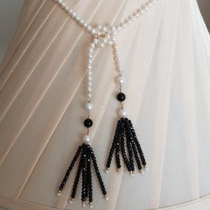 Pearl and Onyx Lariat Necklace